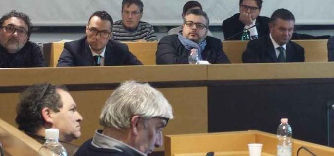 AGROPOLI-CONSIGLIO-COMUNALE-MARZO-2015-1-677x316_c (1)
