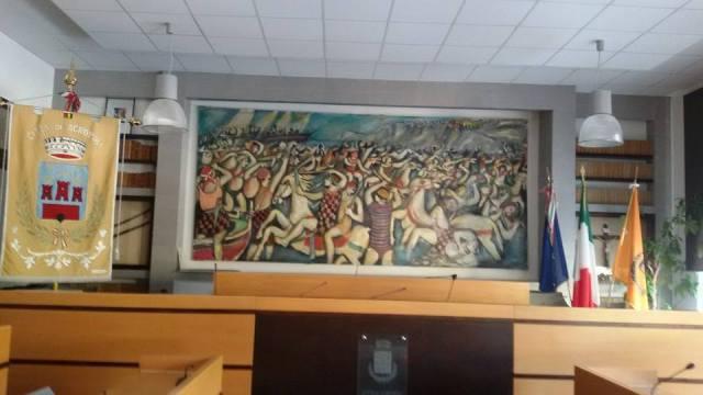 Il quadro nella nuova sala consiliare di Agropoli porta la firma di Andrea Guida