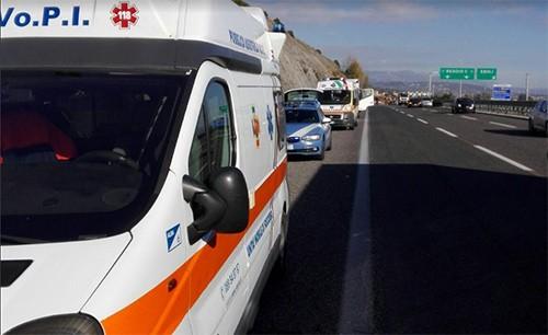 Incidente_Autostrada_A2_Ambulanza_Vopi_Polstrada_1
