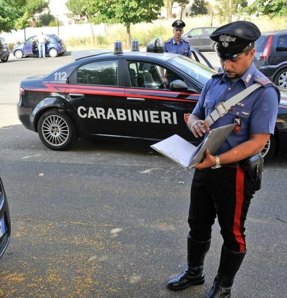 3669439_1300_carabinieri1.jpg
