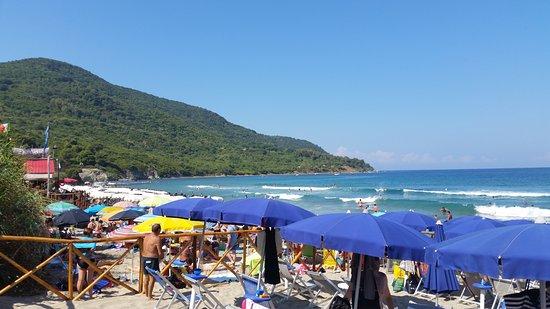 confine-con-la-spiaggia