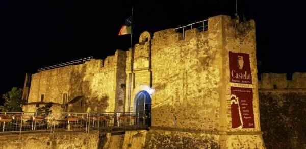 Castello Angioino Aragonese - location Settembre Culturale