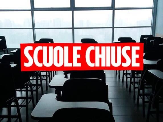 LOGO SCUOLE CHIUSE