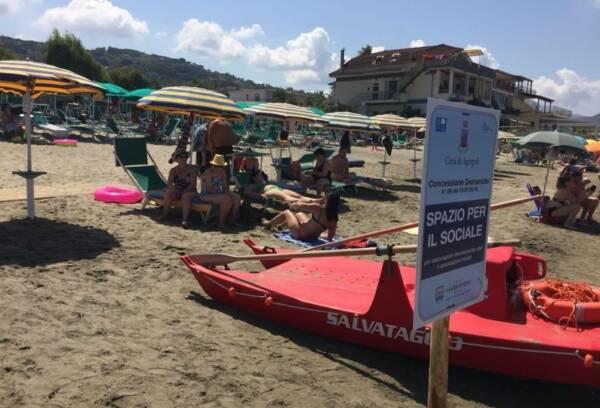 spiaggia solidale