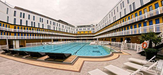 Summer Pool - Molinor