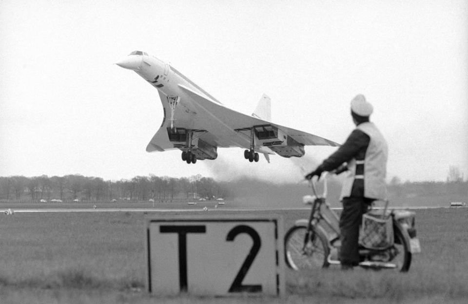 In total, 20 Concordes were produced. Six were prototype test planes.