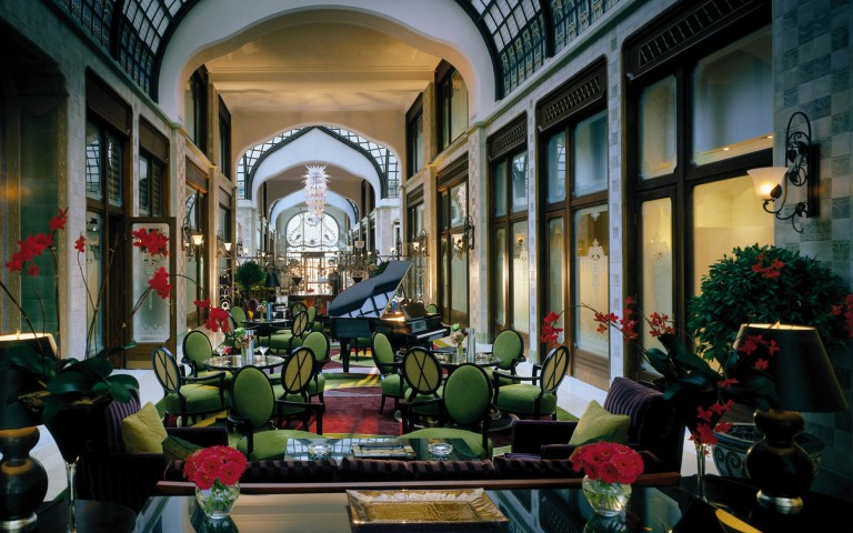 Four Seasons Hotel Gresham Palace, Budapest (Small)