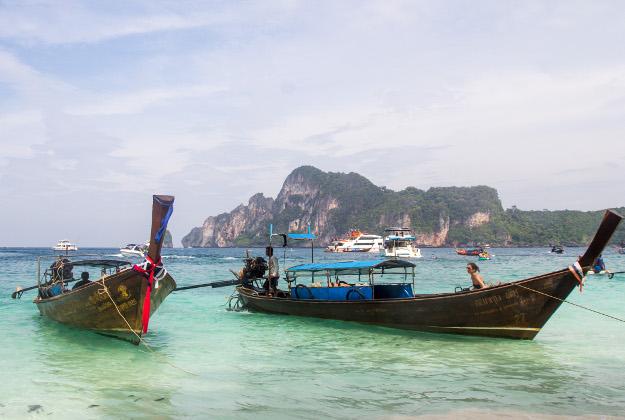 Thailand long-boats