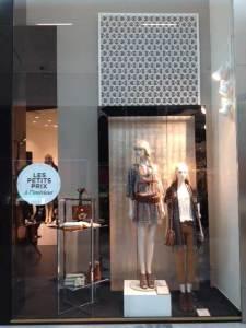 Visual Merchandising metal display