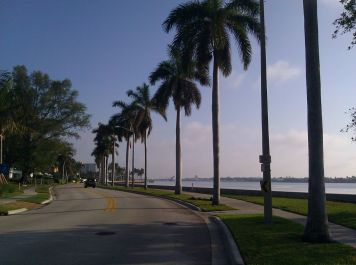 Flagler meets back with the waterfront. Two miles left till Downtown