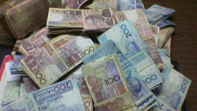 اكتشاف أوراق مالية مزورة تروج والتحقيقات تكشف عن مفاجأة