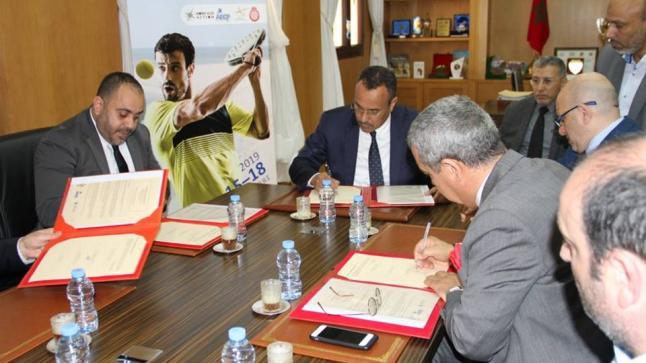 إتفاقية شراكة بين المجلس الجهوي و رؤساء جمعيات فرنسية