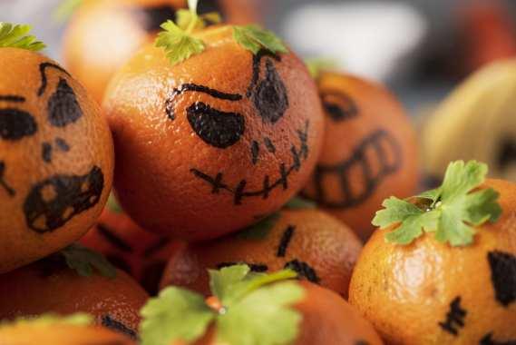 Mandarin orange jack-o-lanterns