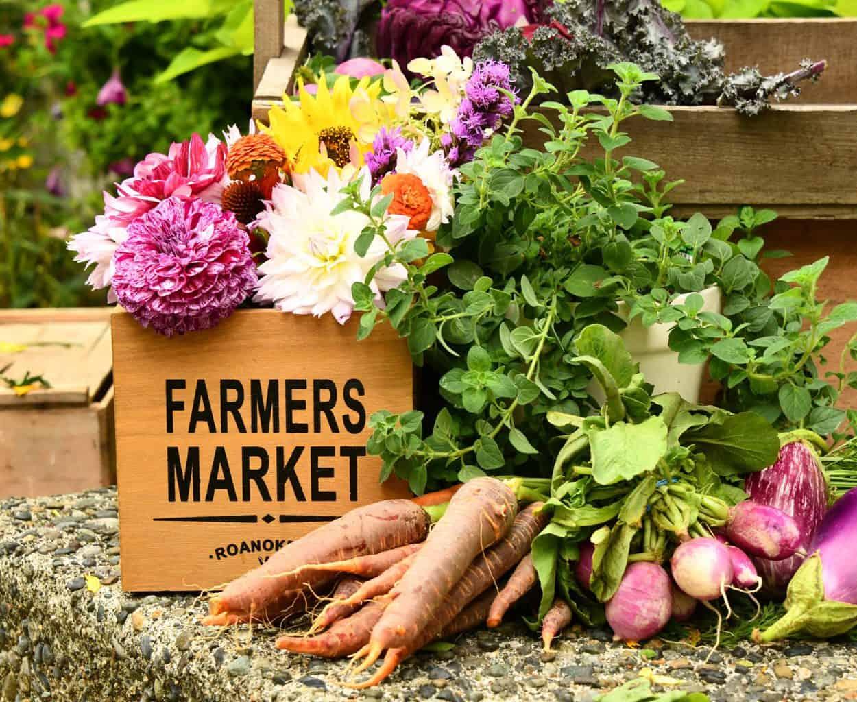 Farmer's Market Buy Local