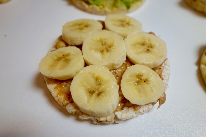 lose weight by eating rice cakes