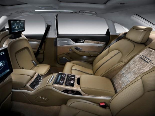 أحدث تصميم Audi-A8