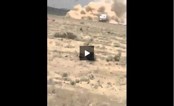 فيديو هبوط اضطراري لطائرة على التراب في إيران