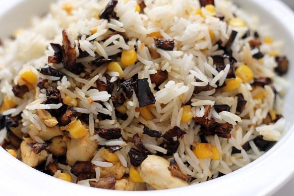أرز بالباذنجان والذرة