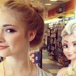 """صور لفتاة تشبه بطلة فيلم فروزن """"إلسا"""""""