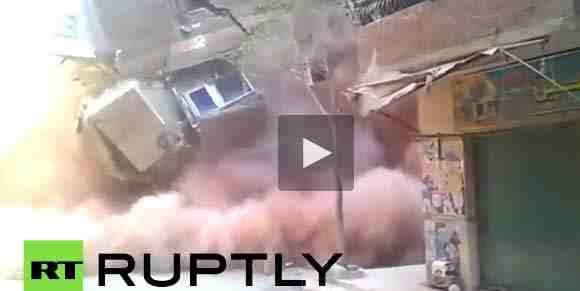 فيديو لحظة انهيار بناء سكني في القاهرة مرعب جدا