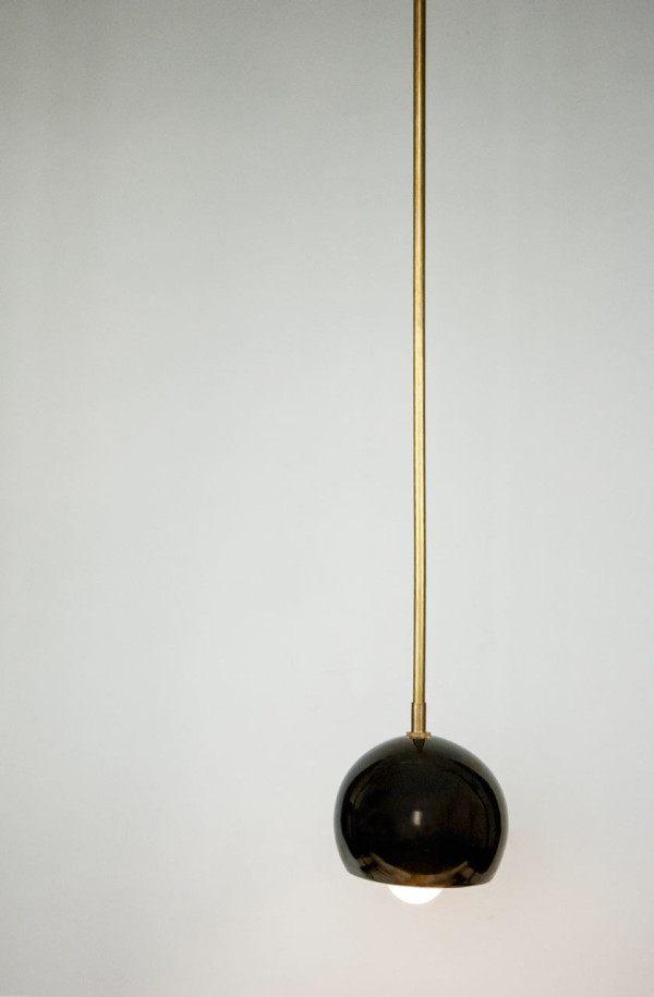 مصباح مصنوع من السيراميك