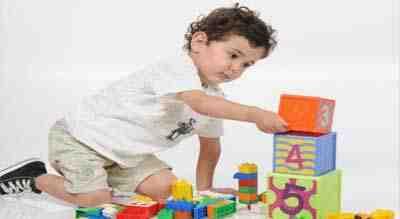 أفكار للعب مع طفلك في المنزل لقضاء عطلة شيقة و مثمرة