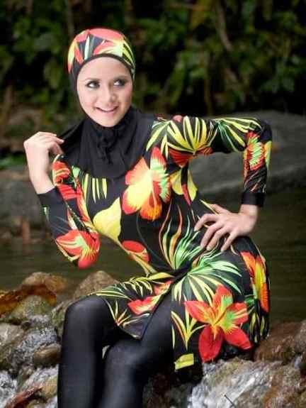 لباس سباحة خاص بالمحجبات