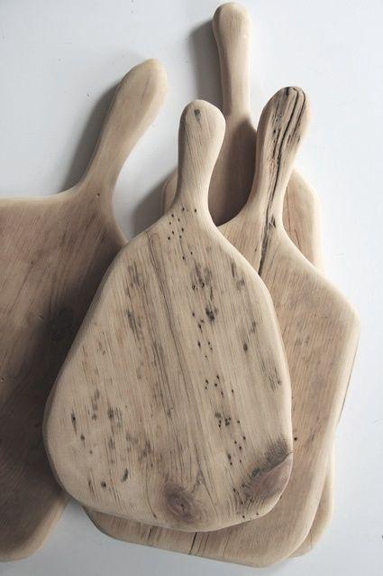 أدوات مطبخ خشبية