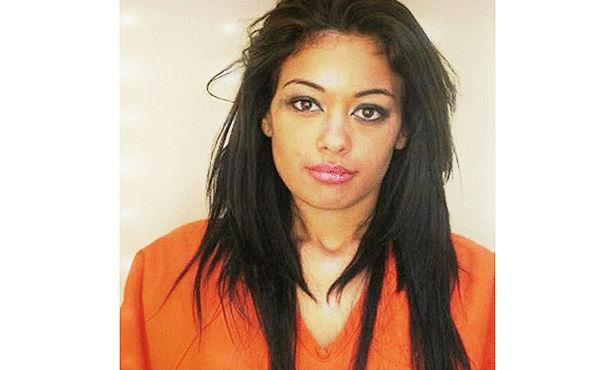 فيرونيكا رودريجيز فتاة رائعة في السجن