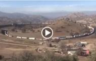 شاهد فيديو أطول قطار في العالم لم تشاهده من قبل مشهد مذهل بالفعل
