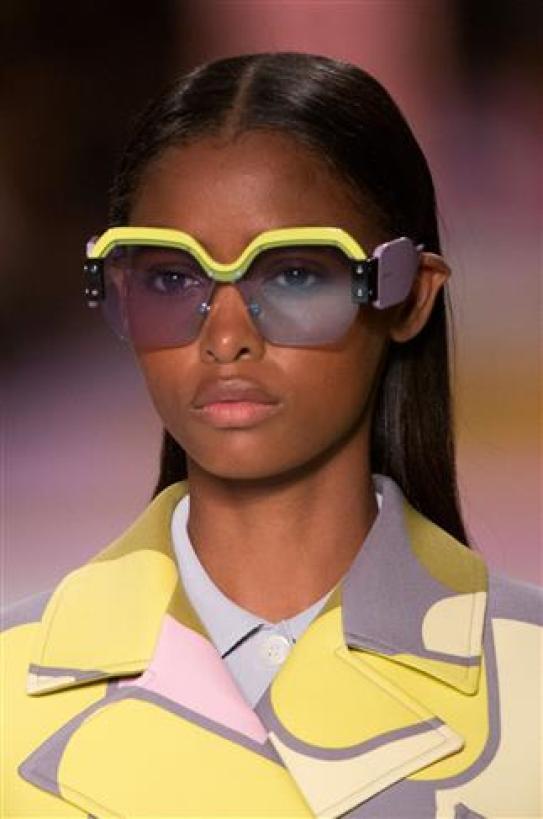 نظارات شمسية غريبة و عجيبة