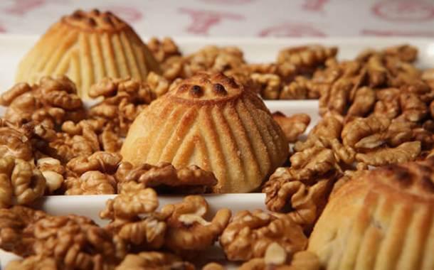 معمول الجوز للعيد بطريقة جديدة من مطبخ أحلى عالم