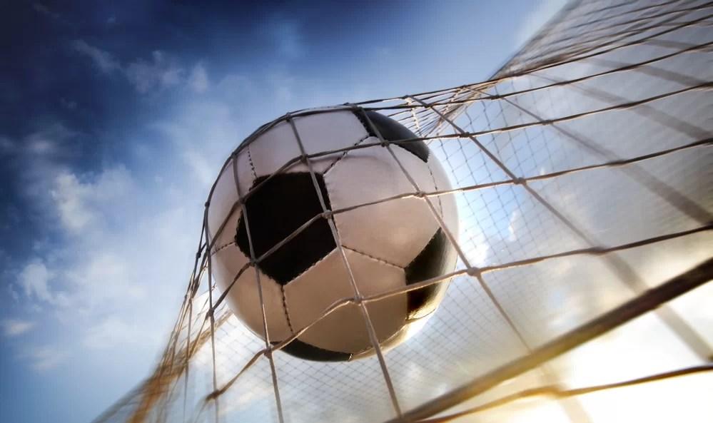 شاهد صور فوز فريق النادي الأهلي على انبي في الدوري العام