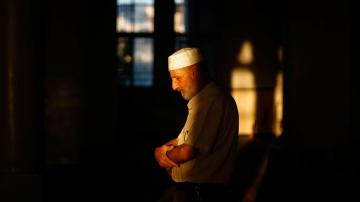 Les pratiques religieuses sont entièrement faites afin de fournir l'énergie suffisante pour la vie après la mort .