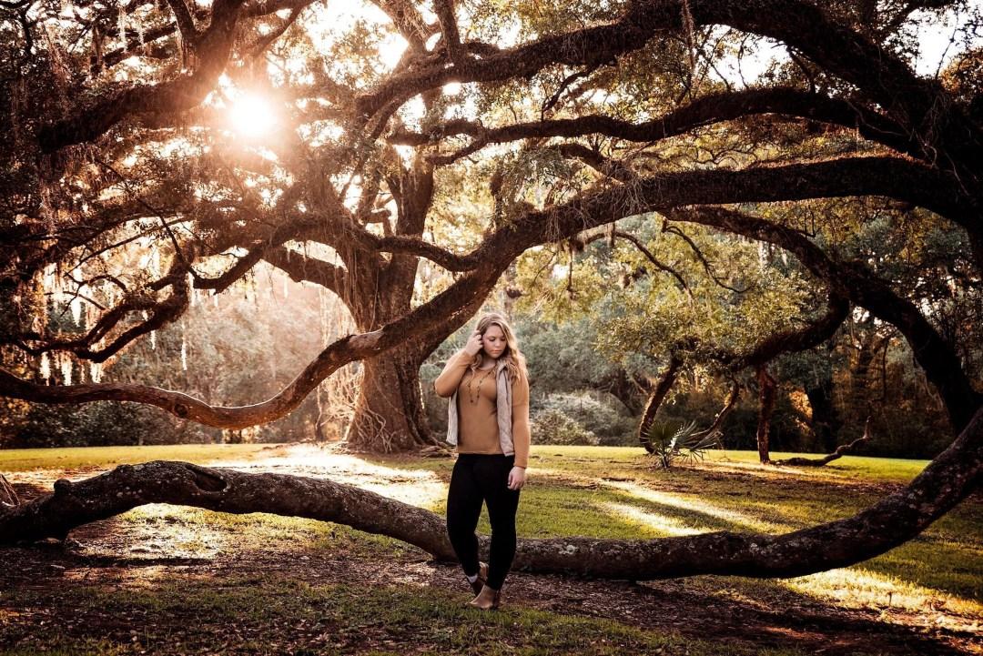 outdoor senior portraits in perfect lighting