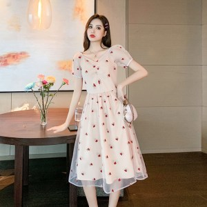 gentle wind sweet mesh skirt female summer new embroidered wild collar fairy floral dress women