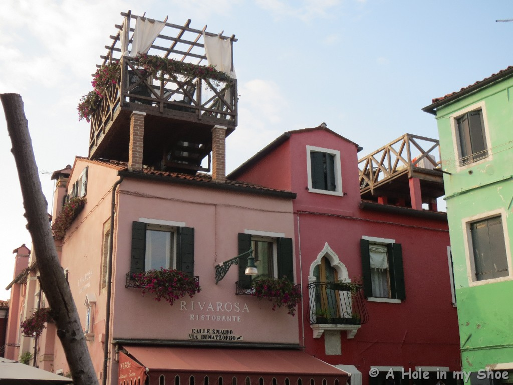 BeautifulBurano044