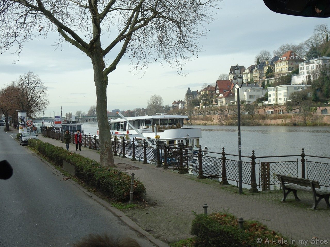 River cruising, what's it all about? - aholeinmyshoe