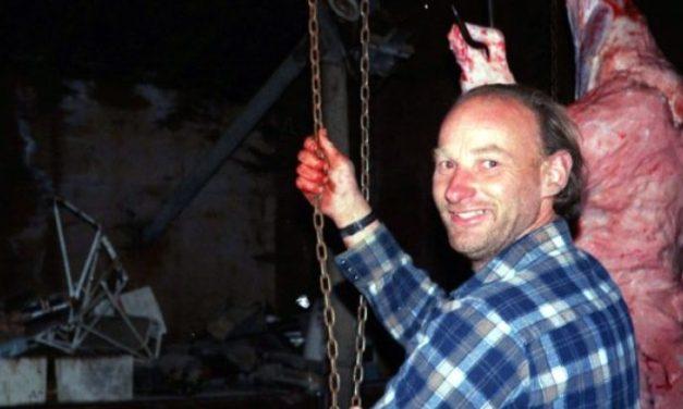 Robert Pickton   O serial killer que alimentava os porcos com carne humana