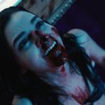"""""""Camgirl"""" tem sua identidade roubada no trailer do novo suspense da Netflix 'Cam'"""