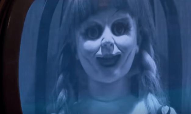 Assista a nova pegadinha do Programa Silvio Santos inspirada no filme 'Annabelle 3: De Volta Para Casa'