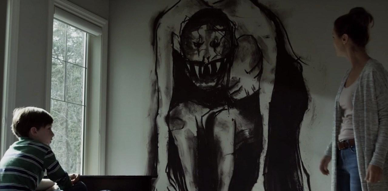 Família é aterrorizada por amigo imaginário no trailer do filme 'Amizade Maldita'