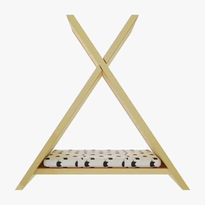 Çam Piramit Kedi Evi