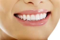 Cosmetic dentist treatments in Arlington Heights IL