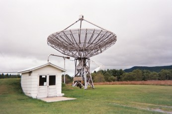 Training radio telescope