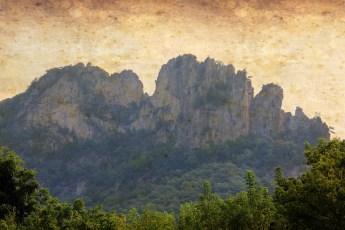 Nature_Landscape_Seneca_Rocks_Aged