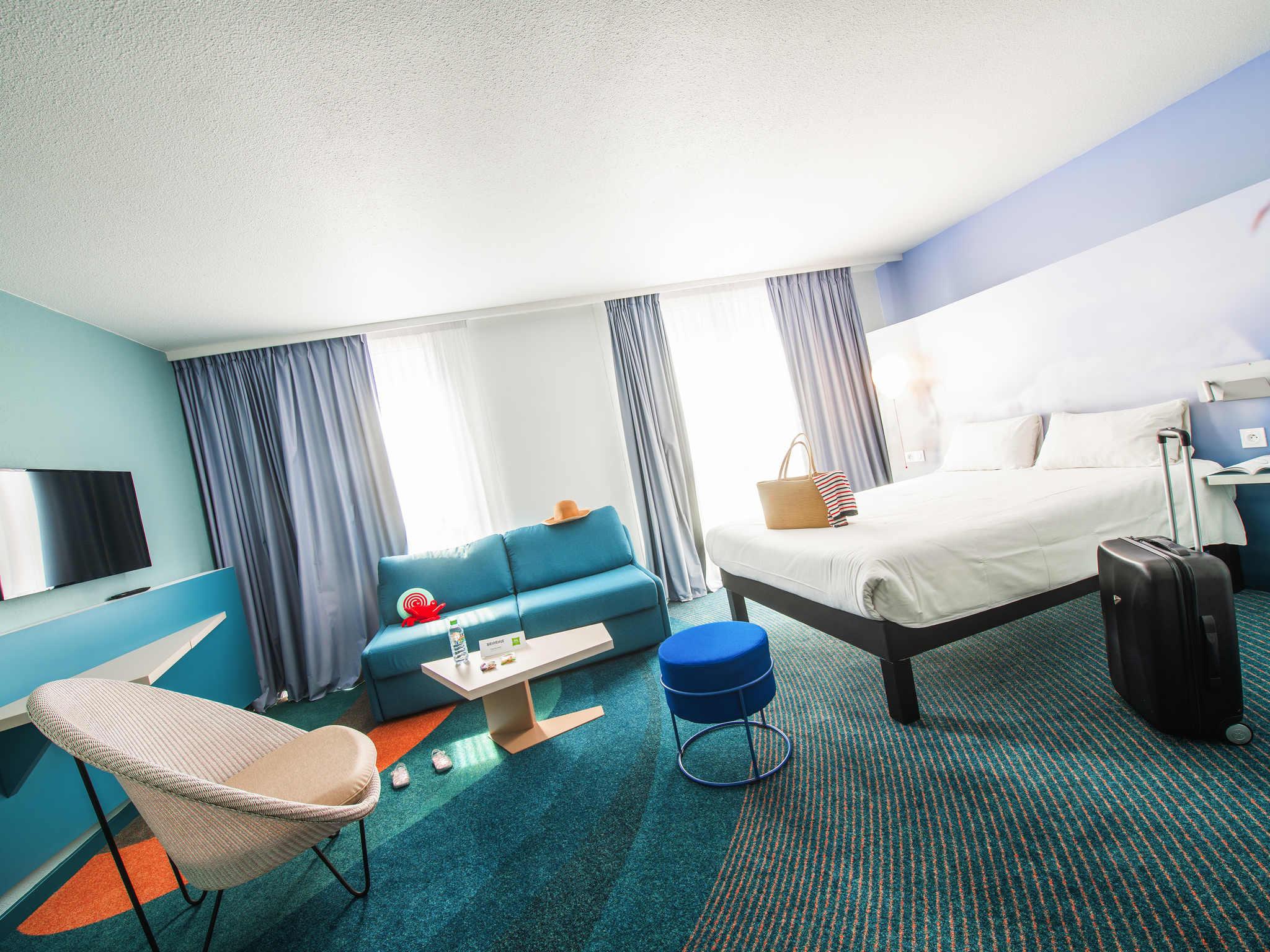 hotel ibis styles toulon centre port