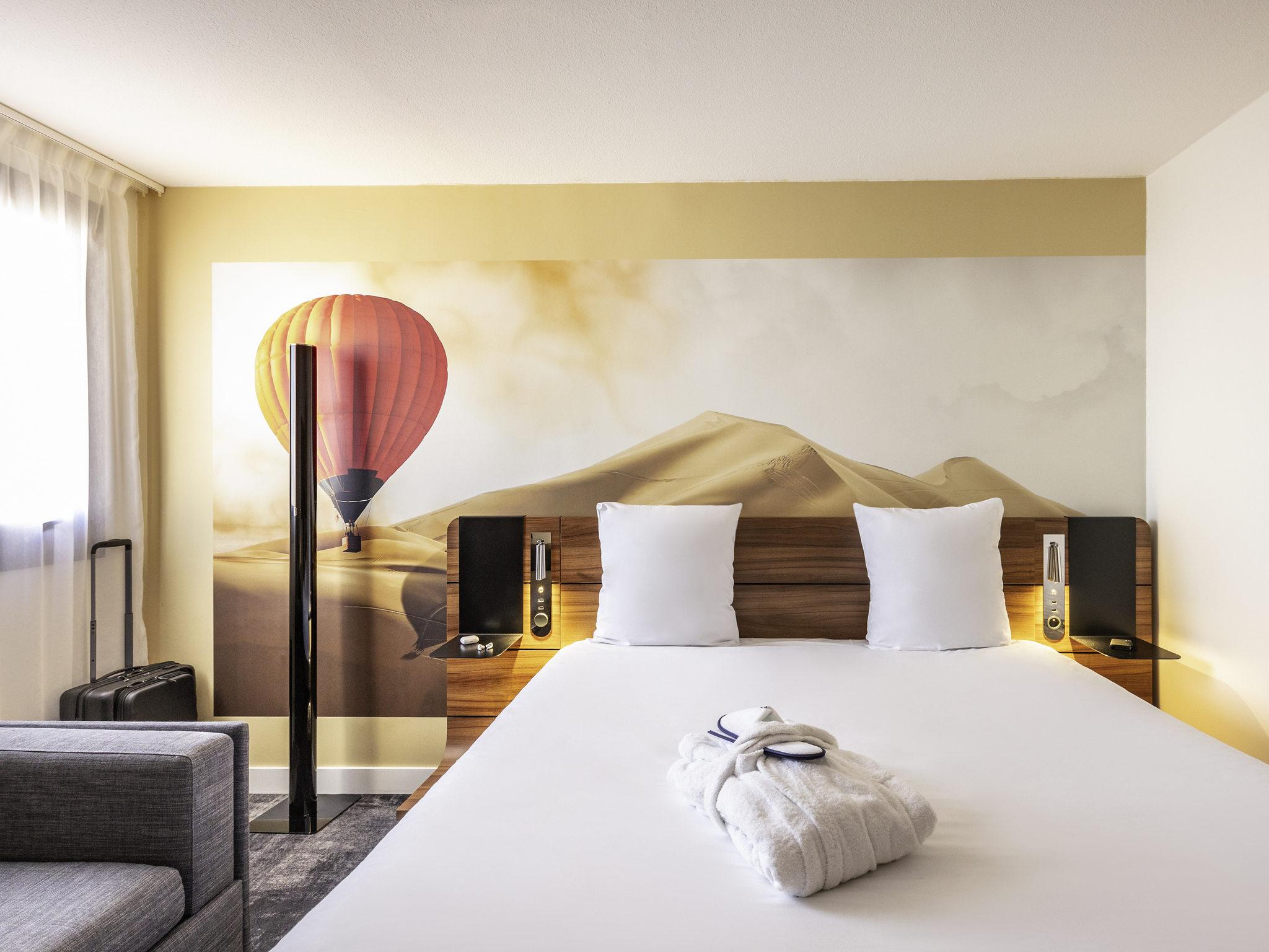Resultado de imagen de Hotel Mercure Bordeaux Centre