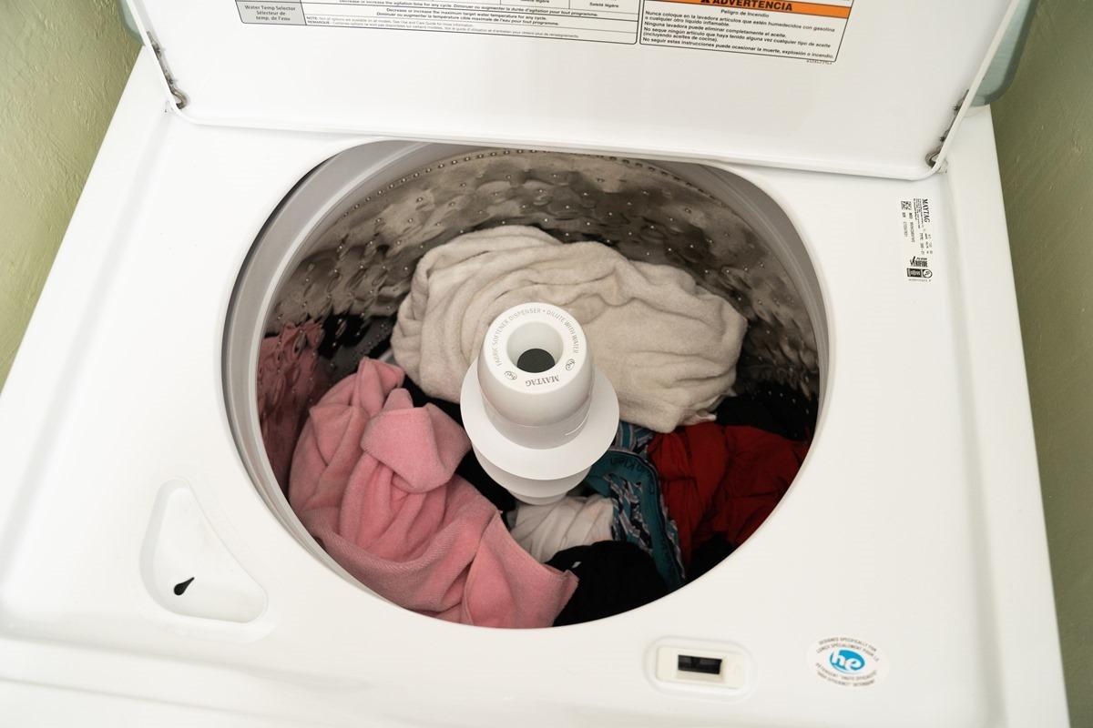 白色力量、簡約時尚,美泰克 MVWC565FW 直立洗衣機,優質、卓越,讓日常家務更輕鬆 @3C 達人廖阿輝