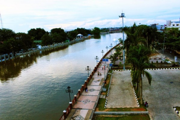 Taman Siring Banjarmasin dengan Walikota Muhidin